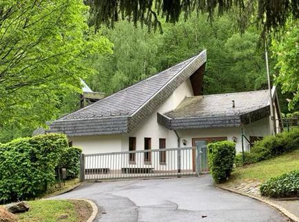 Friedhofshalle Vockenhausen